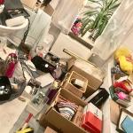 Riesen Chaos im Badezimmer